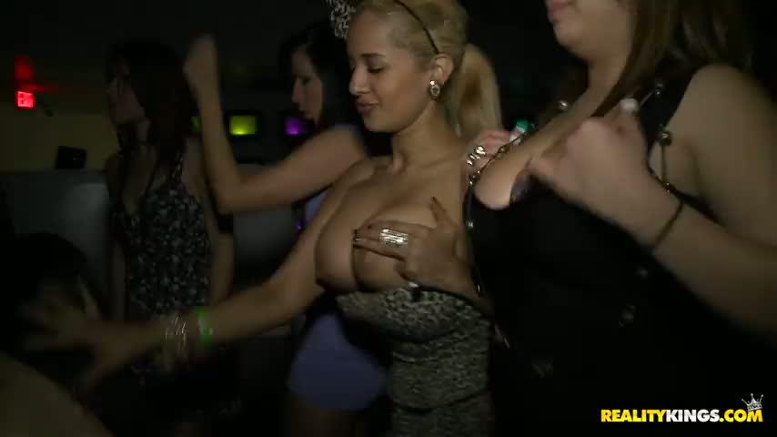 Hot mum sexy