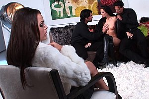 Jennifer Dark and Renee Perez in foursome